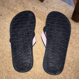 Vineyard Vines Shoes - Vineyard Vines Flip Flops